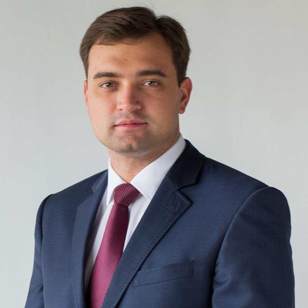 Александр Усс назначил своим советником Антона Натарова